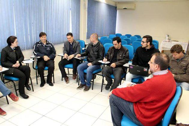 Centro de Inovação pauta reunião na CDL Rio do Sul