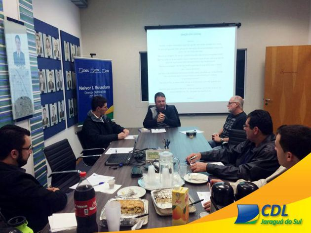 Líderes do 20º Distrito se reúnem na CDL Jaraguá do Sul