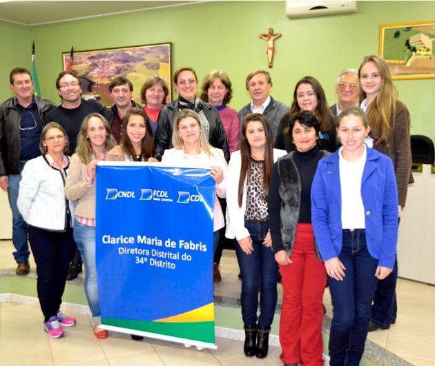 Dirigentes do 34º Distrito da FCDL/SC reunidos em Ipuaçu