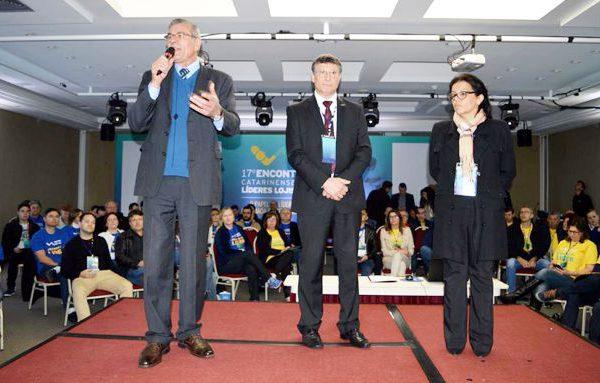 Deputado com presidente e assessora parlamentar da Federação