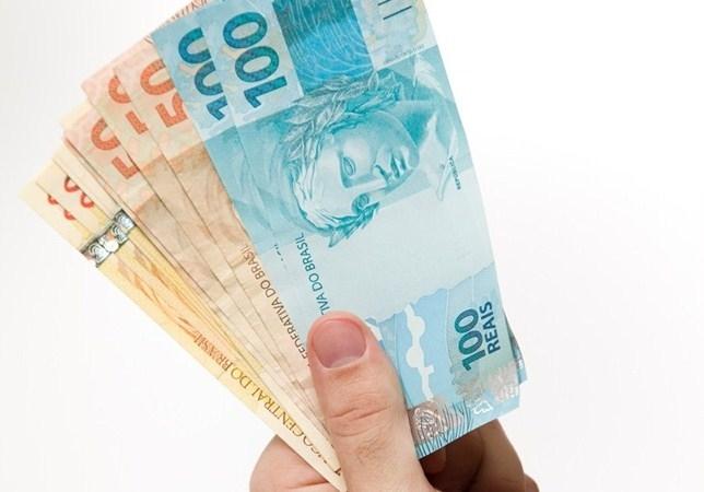 Cinco dicas para aproveitar de forma consciente o 13º salário