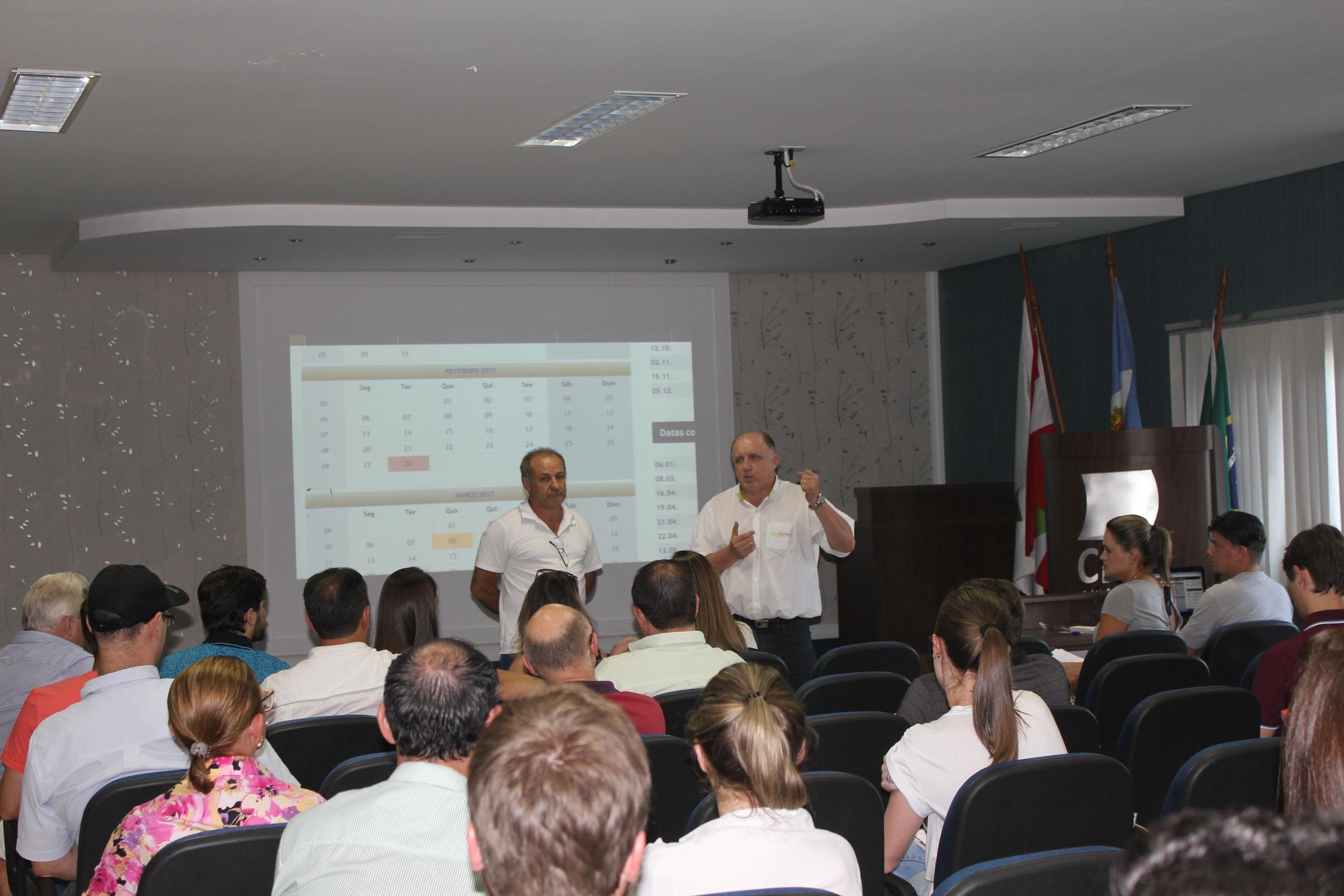 Assembleia reunião associados da CDLs