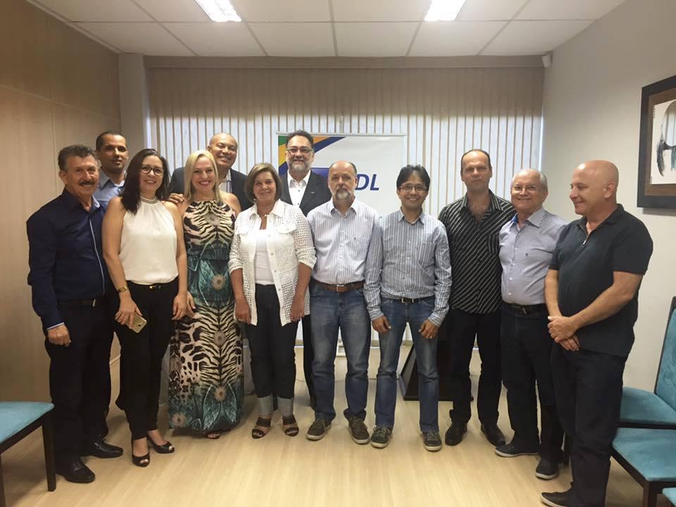 Nova diretoria toma posse para a gestão 2017-2018 (Foto: Beth Ferreira)