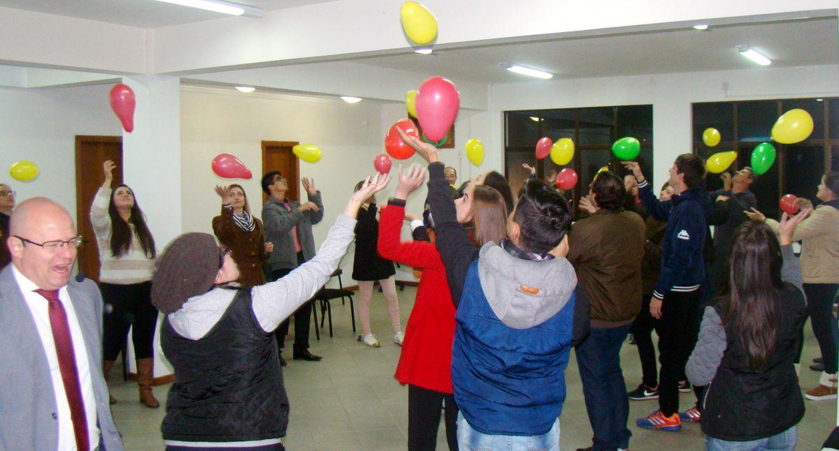 Cdl Rio Negrinho Organiza Palestra Motivacional Fcdl
